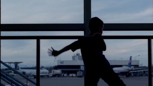 Boy_at_airport